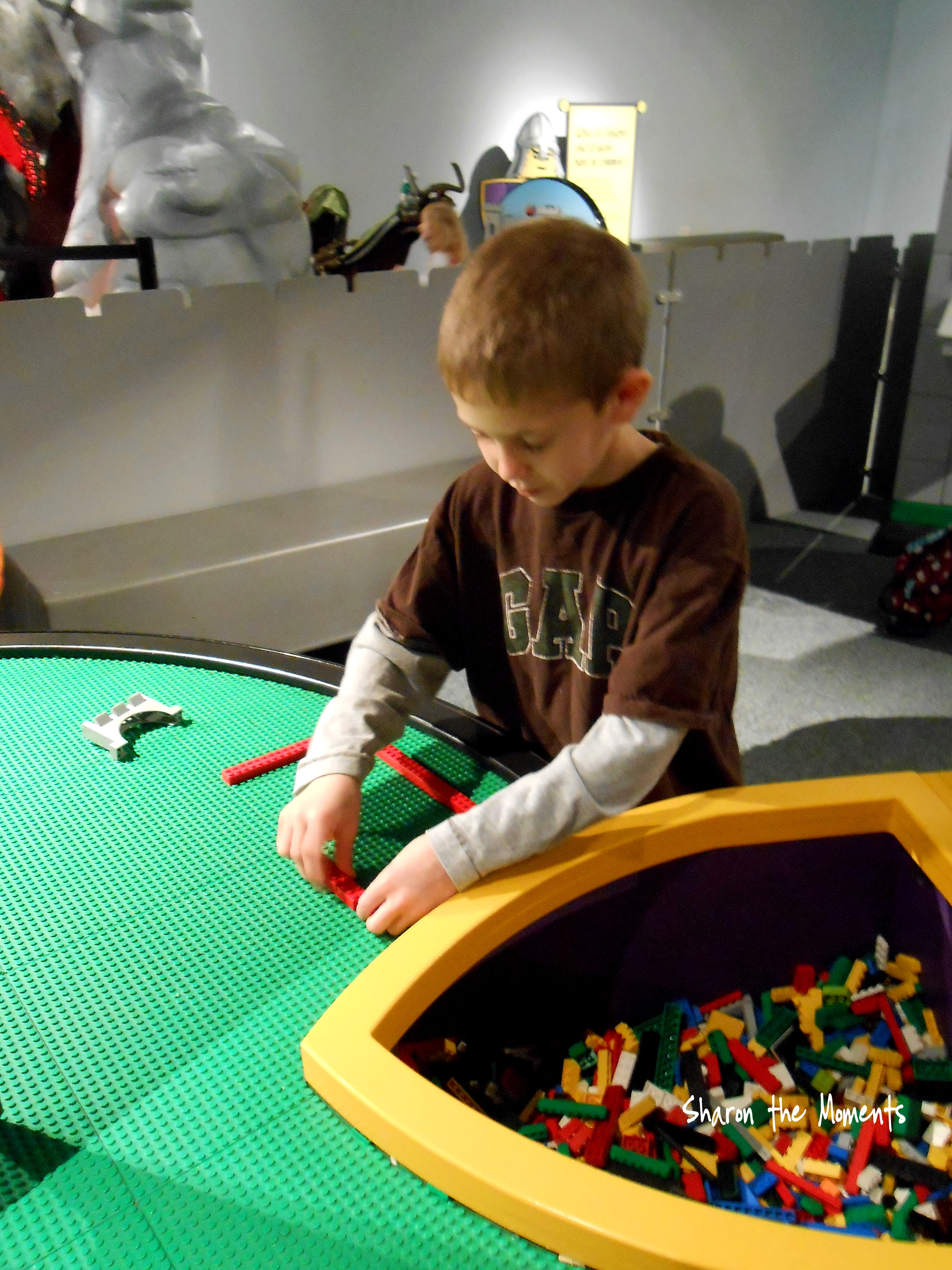 COSI Center of Science & Industry Visit for Christmas Eve Day Fun|Sharon the Moments blog