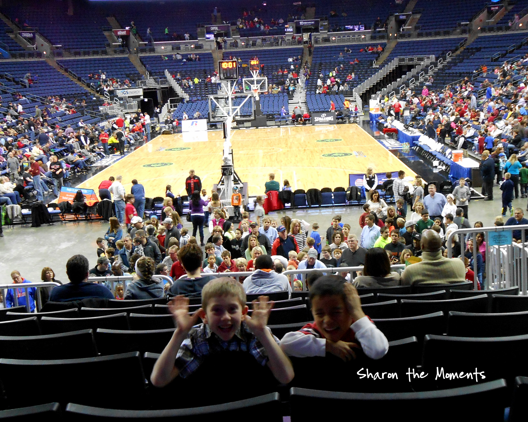 Harlem Globetrotters visit Nationwide Arena|Sharon the Moments blog