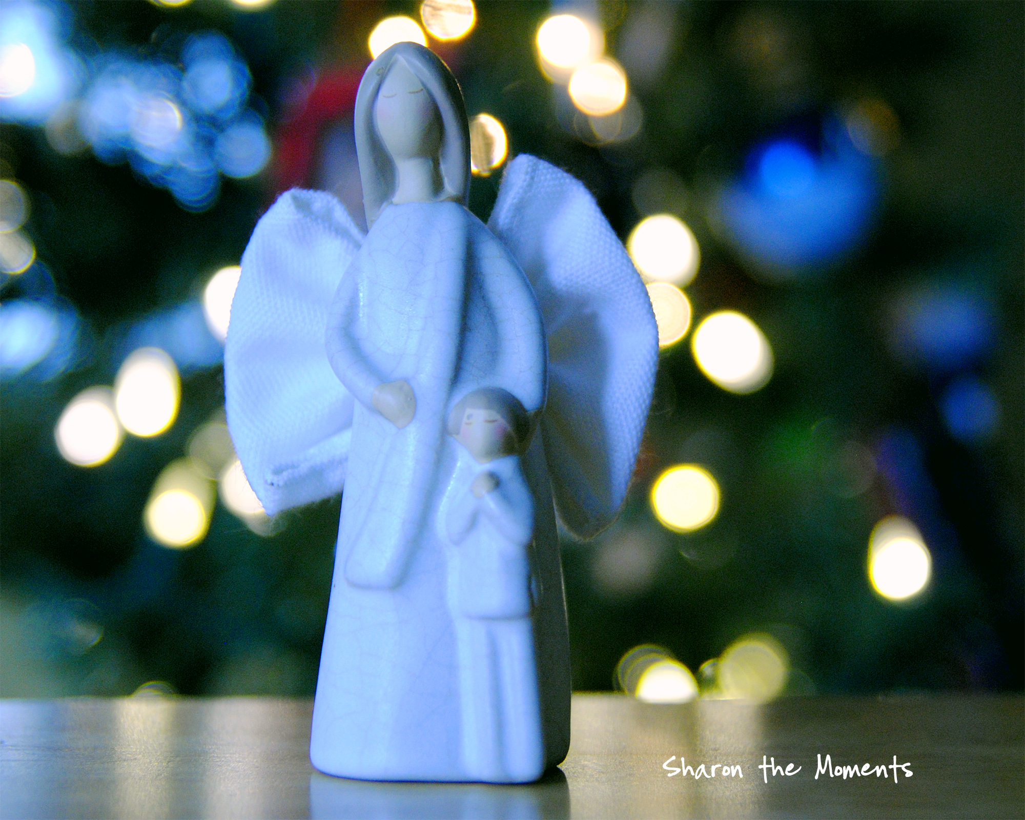 Eight Weeks of Christmas|Sharon the Moments Blog
