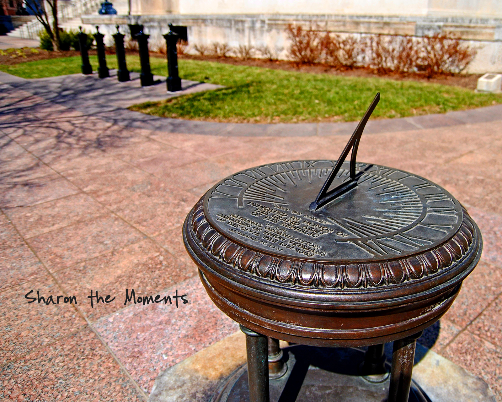 Monday Monday Spring Downtown Columbus Ohio Statehouse|Sharon the Moments blog
