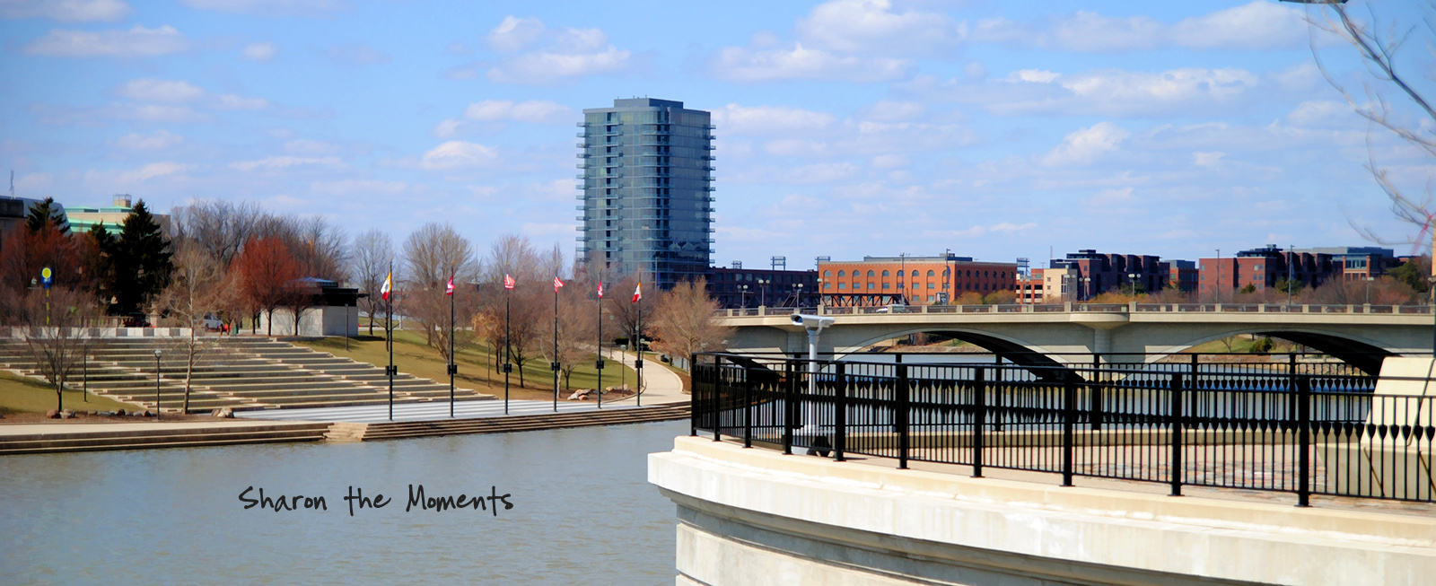 Monday Monday Spring Downtown Columbus OH Scioto Mile|Sharon the Moments blog