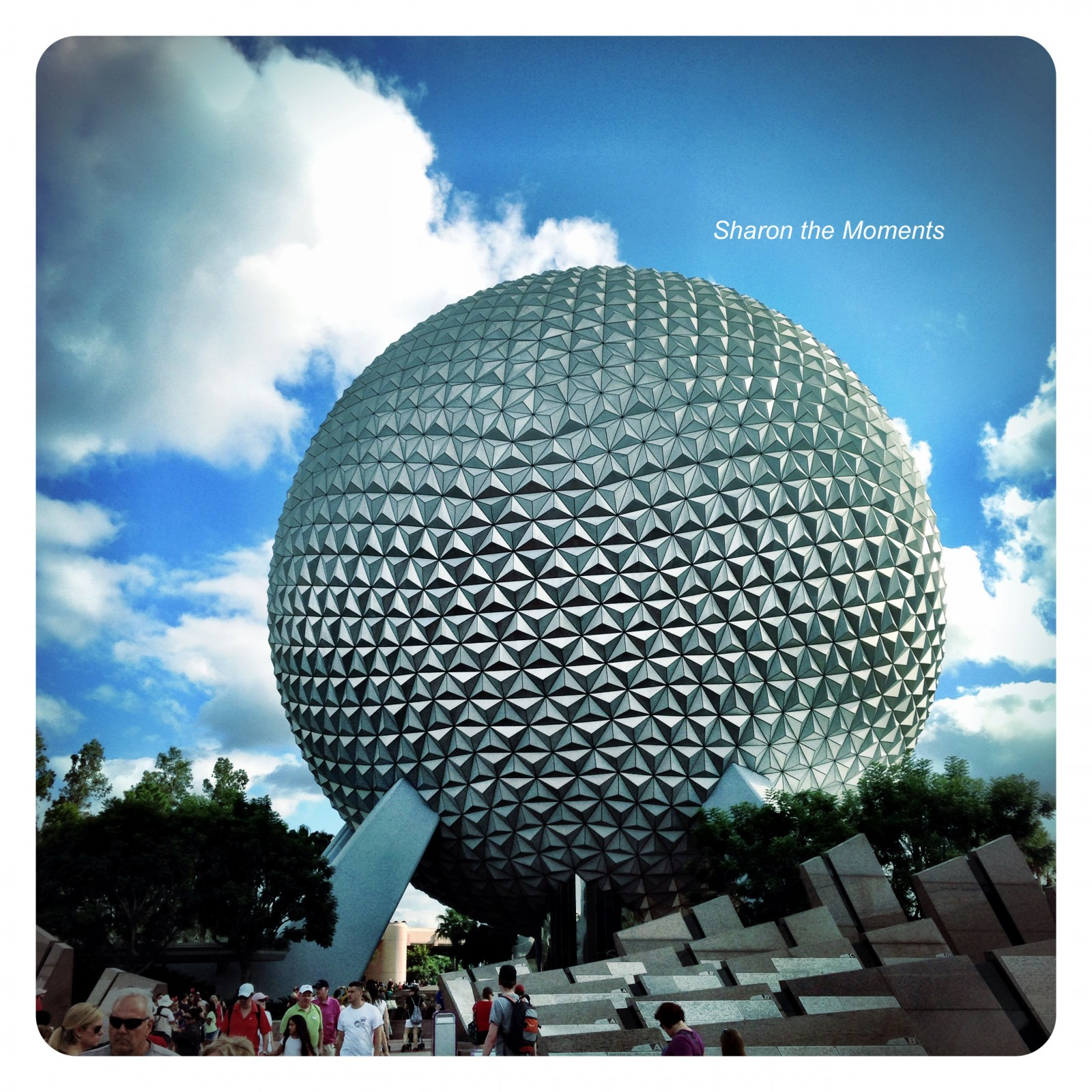Walt Disney World Epcot || Sharon the Moments Blog