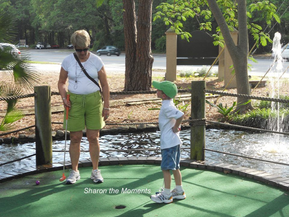 Hilton Head Island Minature Golf|Sharon the Moments Blog